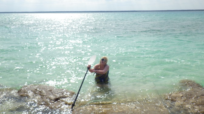 Kayaking Mishaps in Search of a Nice Loose Pub on the Lake of Seven Colours – Bacalar, Mexico to Caye Caulker, Belize